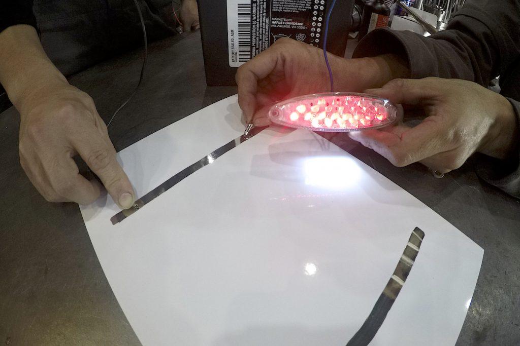 【動画】BLシルバーコートRT : 導電性テスト