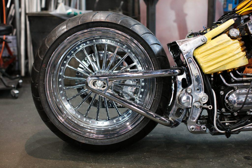 BLシルバーコートRTをオートバイのホィールに施工!!